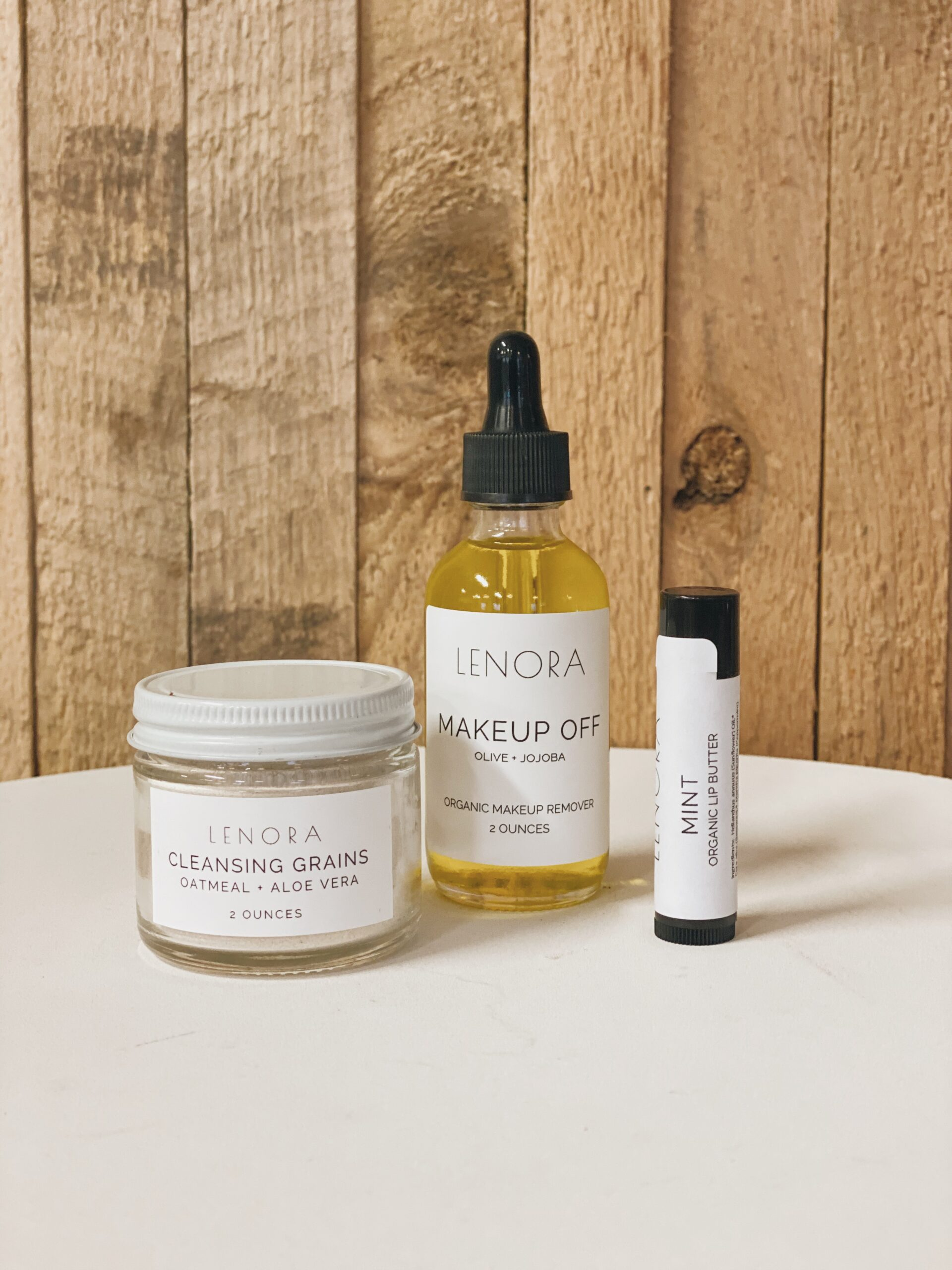 Lenora Makeup off, Cleansing Grains and organic mint lip balm